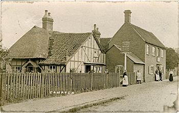 The Wheatsheaf and post office about 1906 [Z1306/23/5]